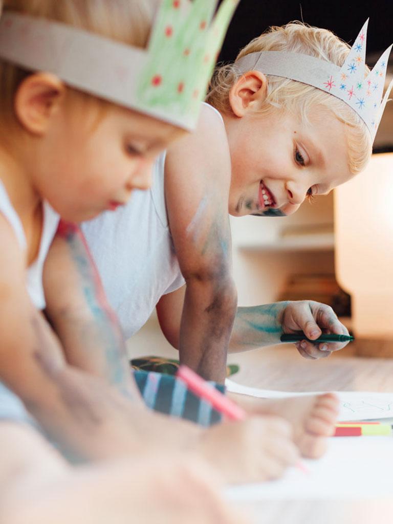 Kurse und Workshops der Babysitterei München: Basteln mit Kindern